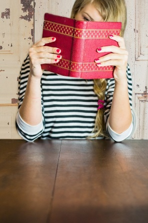 girl-with-books-s-3