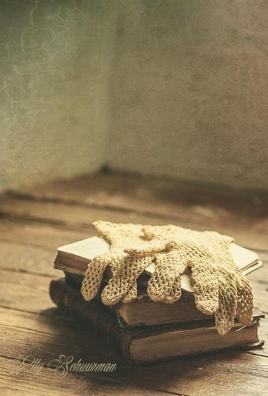 gloves on books s
