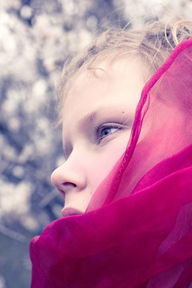 girl in scarf s (1)