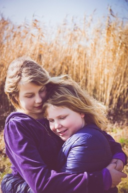 sisters s (2)