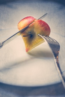 slice of apple s