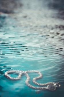 under water 5 s