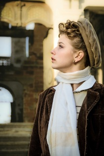 young girl in wartime s (18)