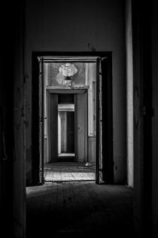 abandoned villa s (1)